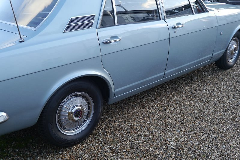 Ford Zephyr Mk 4 V6 De Luxe G Reg 1969 Manual For Sale (picture 5 of 6)