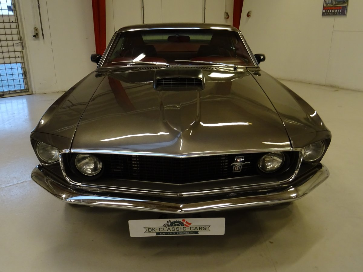 1969 Ford Mustang Fastback SOLD (picture 2 of 24)