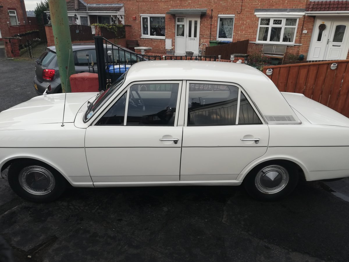 1969 Ford Cortina MK2 Automatic For Sale (picture 2 of 6)