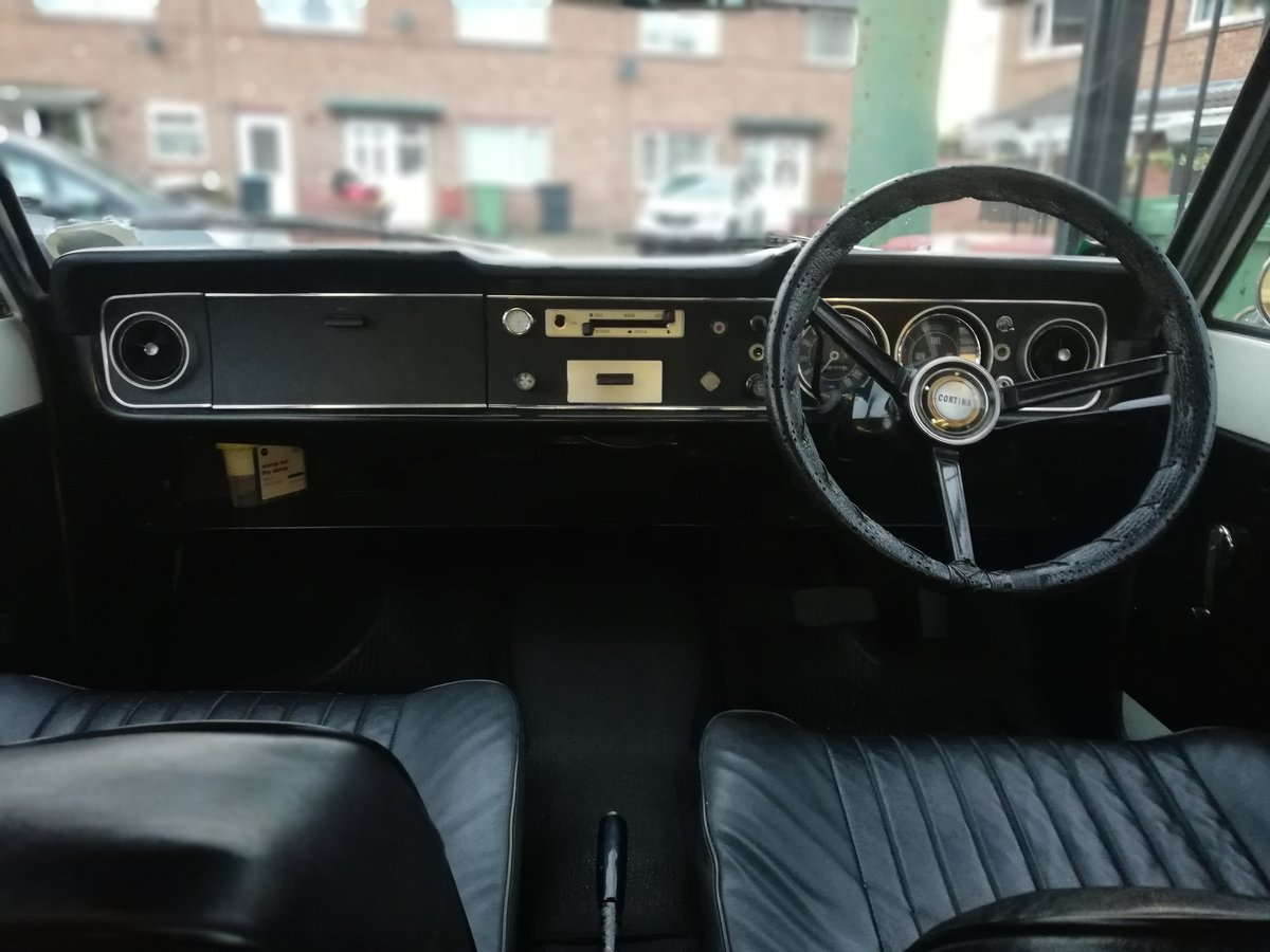 1969 Ford Cortina MK2 Automatic For Sale (picture 3 of 6)