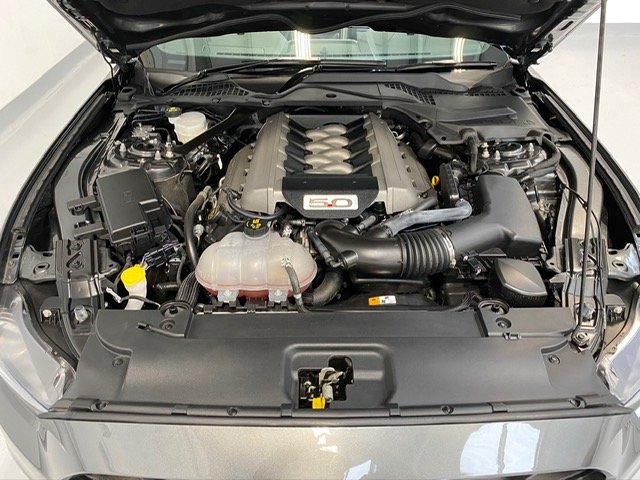 2016 Ford Mustang Convertible 5.0 V8 GT, Custom Pack, 14,000 mile SOLD (picture 5 of 6)