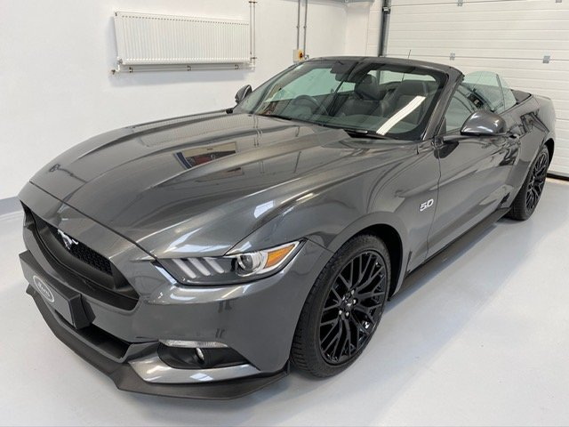 2016 Ford Mustang Convertible 5.0 V8 GT, Custom Pack, 14,000 mile SOLD (picture 6 of 6)