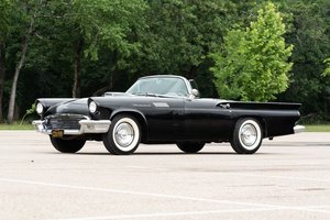 1957 Ford ThunderBird Roadster Correct clean Black driver $o