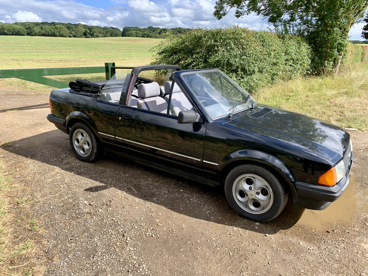 1984 Ford Escort Mk3 1.6 Cabriolet For Sale (picture 5 of 6)