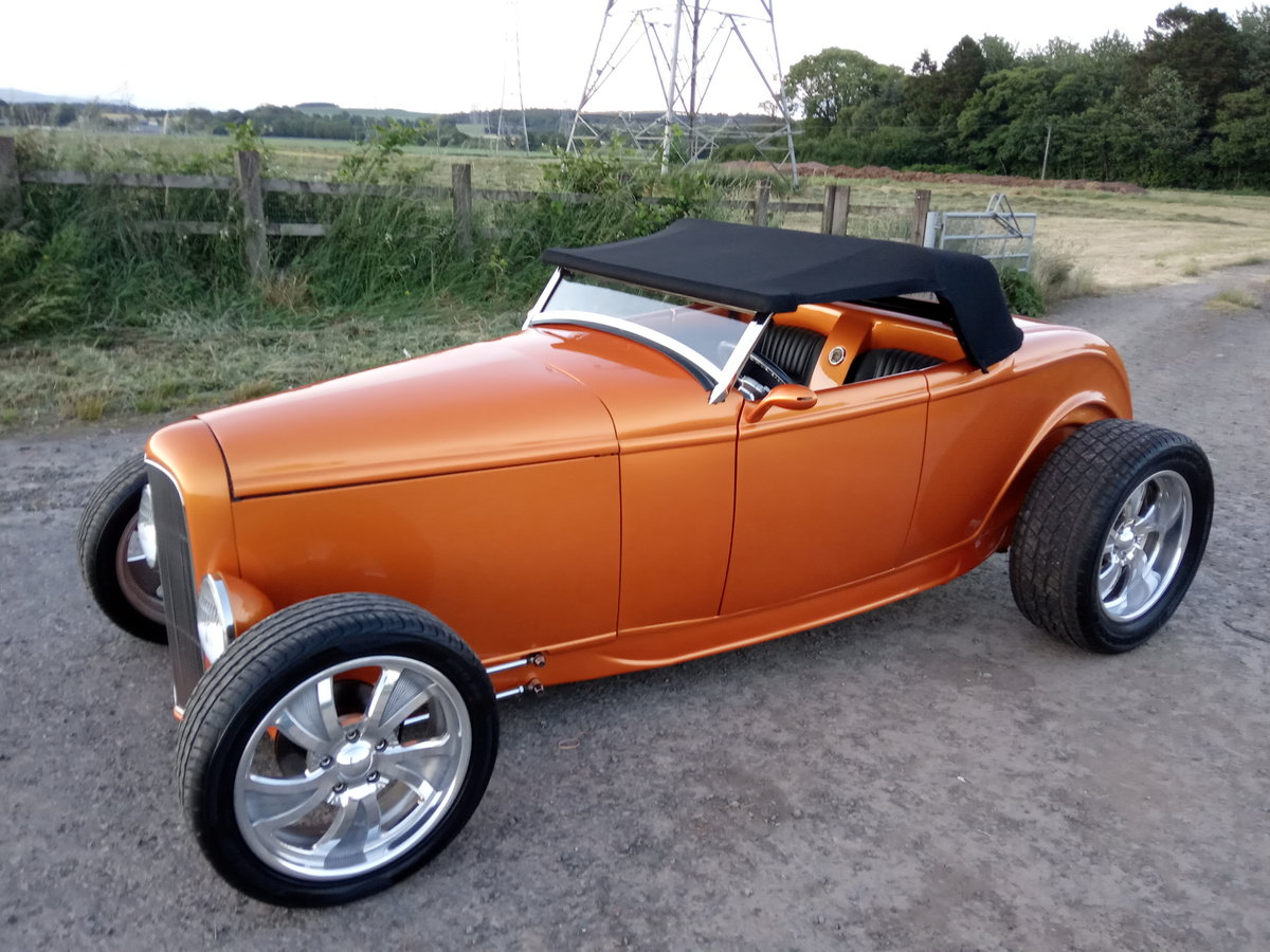 1947 32 ford roadster replica For Sale (picture 1 of 6)