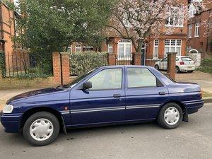 1994 Ford Escort Equipe ( salon)