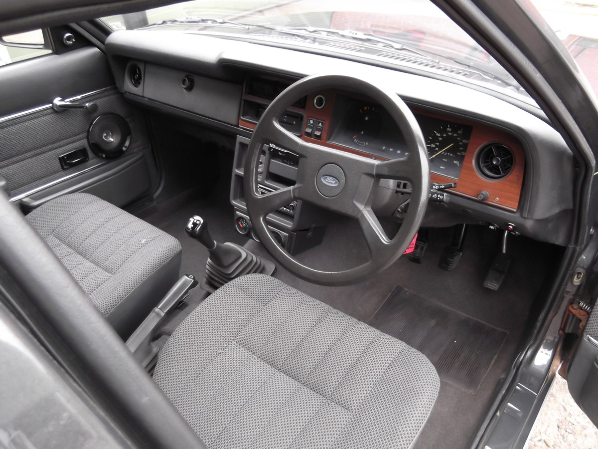 1982 Ford Cortina Carousel Estate For Sale (picture 5 of 6)