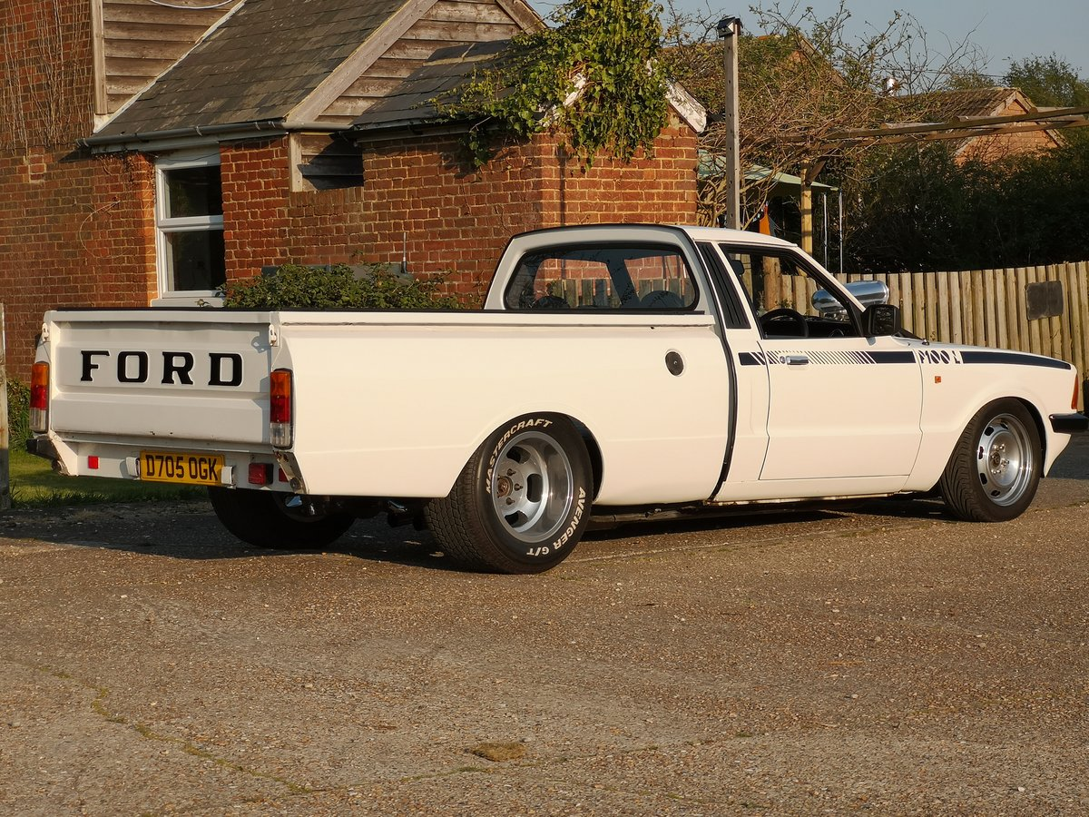 1987 Ford Cortina P100 Pickup HotRod For Sale (picture 4 of 6)