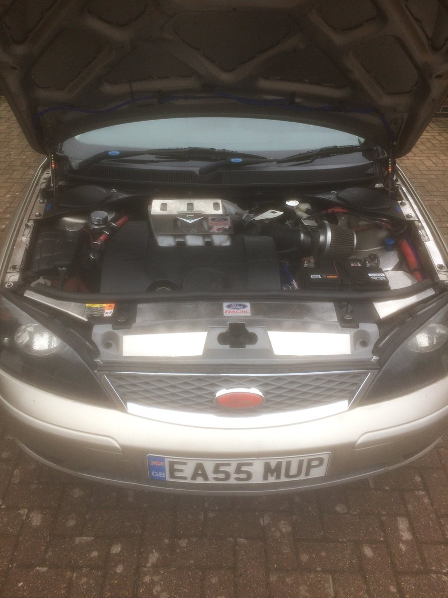 2005 Ford Mondeo 3.0 V6 Est - rare 6 Spd. SOLD (picture 2 of 6)