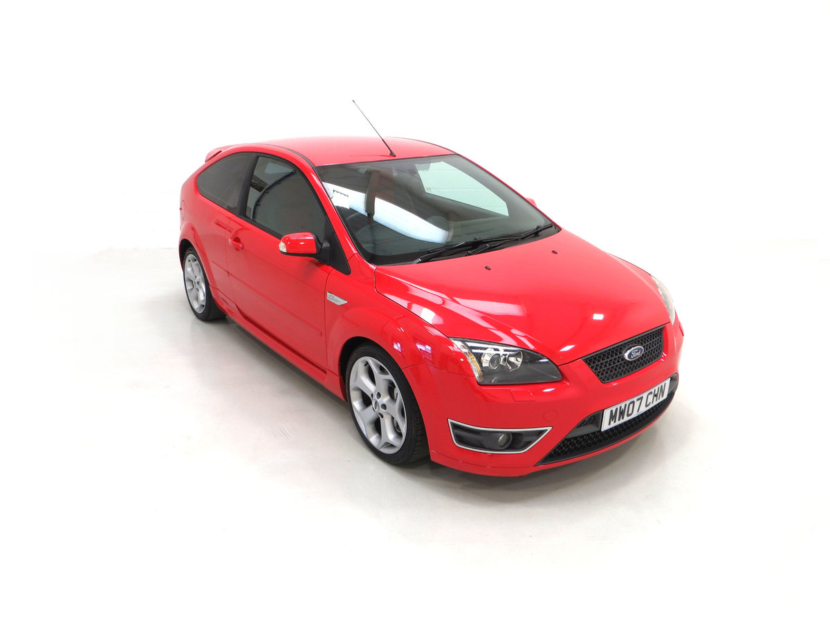 2007 A gleaming Ford Focus ST-2 3dr with 73,134 miles. For Sale (picture 2 of 24)