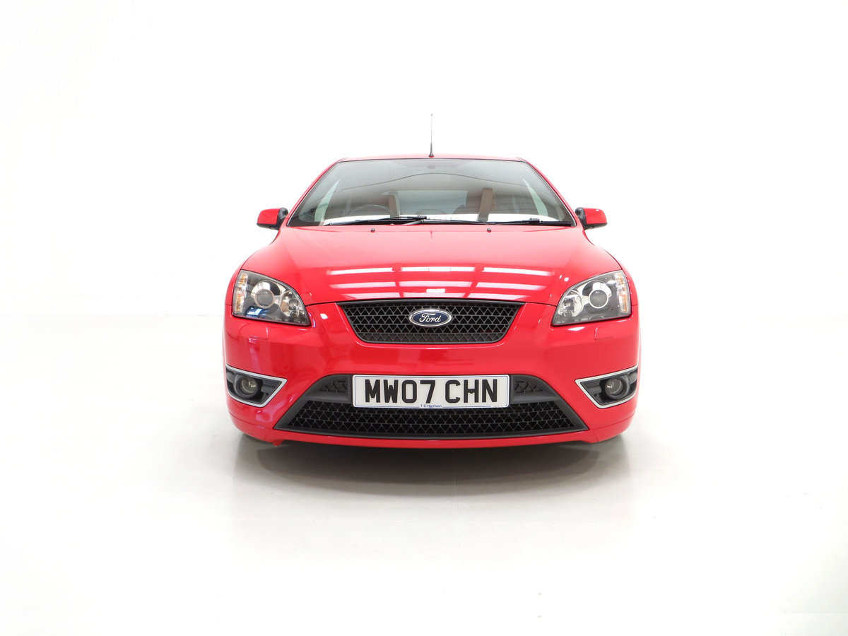 2007 A gleaming Ford Focus ST-2 3dr with 73,134 miles. For Sale (picture 3 of 24)