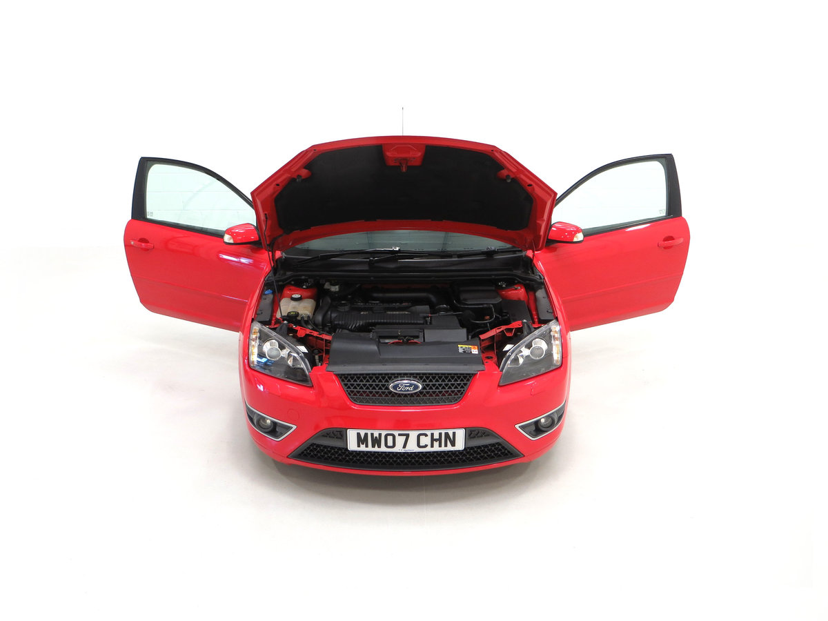 2007 A gleaming Ford Focus ST-2 3dr with 73,134 miles. For Sale (picture 4 of 24)