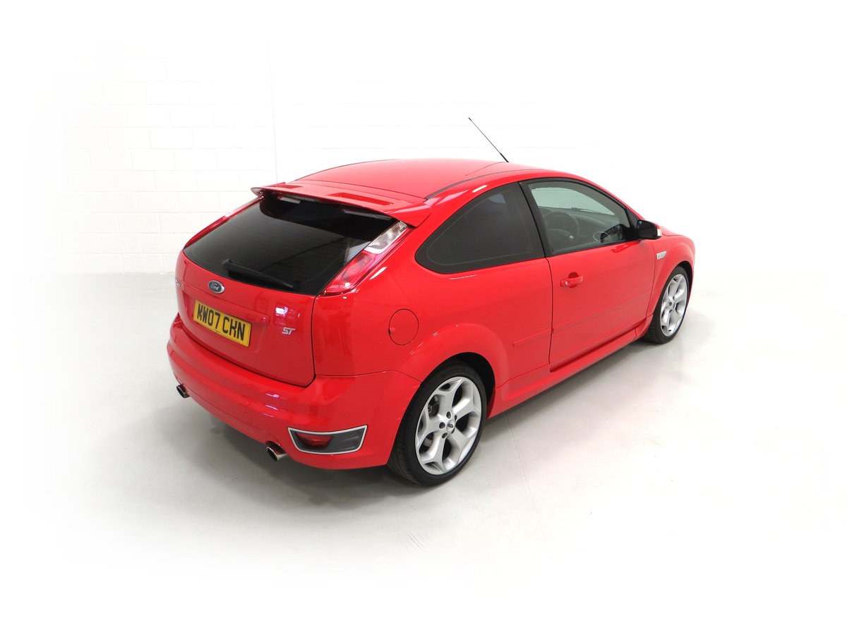 2007 A gleaming Ford Focus ST-2 3dr with 73,134 miles. For Sale (picture 12 of 24)