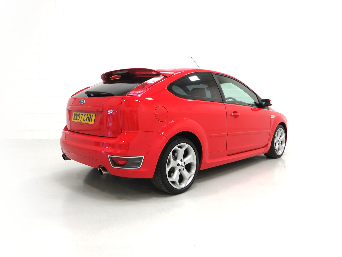 2007 A gleaming Ford Focus ST-2 3dr with 73,134 miles. For Sale (picture 13 of 24)