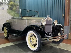 FORD MODEL A ROADSTER-1931-SHOW STANDARD-8K JUST SPENT
