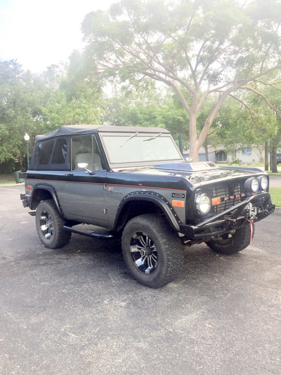 1970 Ford Bronco All Custom Full Restored Fast 408 stroker For Sale (picture 2 of 6)