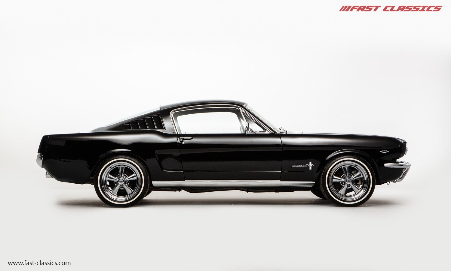 1966 FORD MUSTANG FASTBACK // 289 FASTBACK // RHD CONVERSION  For Sale (picture 1 of 22)