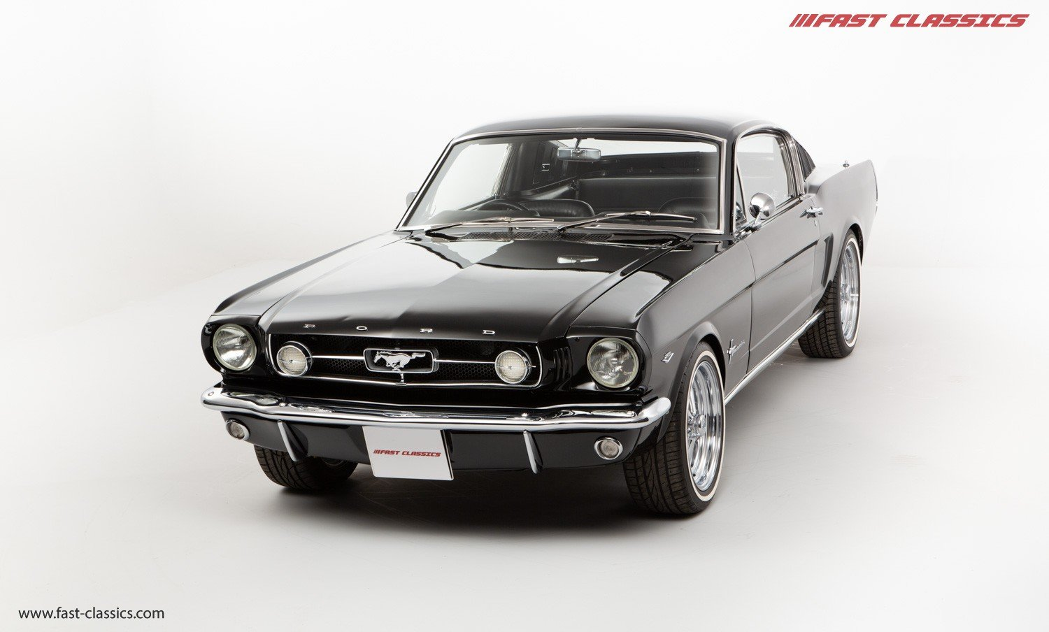 1966 FORD MUSTANG FASTBACK // 289 FASTBACK // RHD CONVERSION  For Sale (picture 3 of 22)