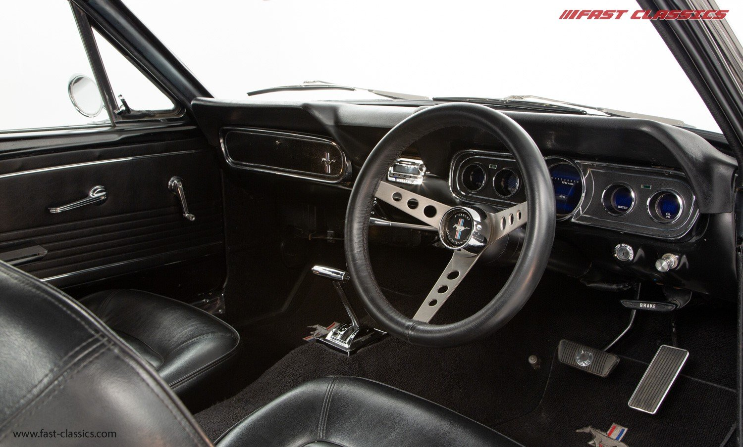 1966 FORD MUSTANG FASTBACK // 289 FASTBACK // RHD CONVERSION  For Sale (picture 12 of 22)