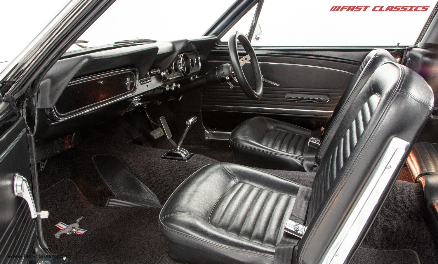 1966 FORD MUSTANG FASTBACK // 289 FASTBACK // RHD CONVERSION  For Sale (picture 14 of 22)