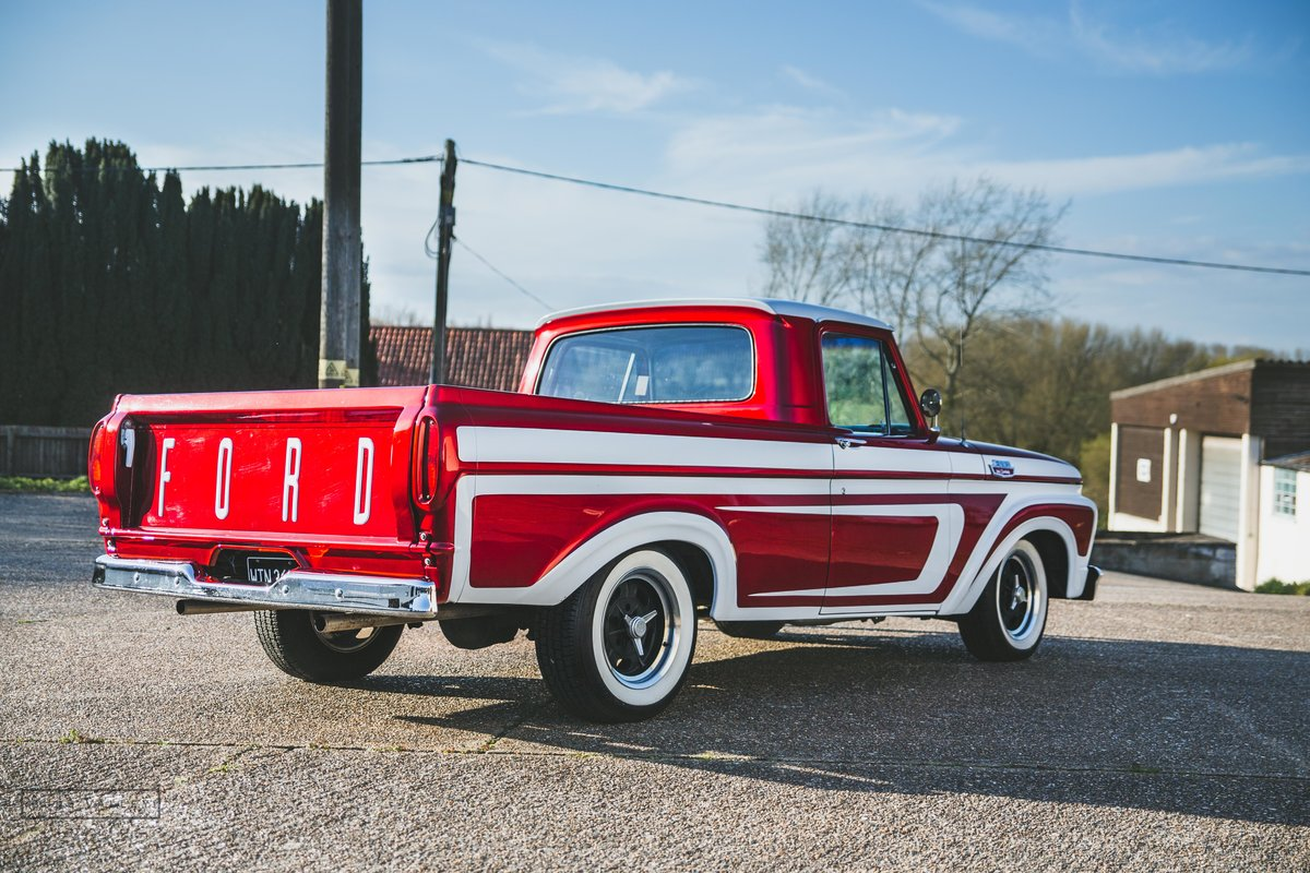 1963 Ford F100 Unibody Custom Show Truck SOLD (picture 4 of 6)