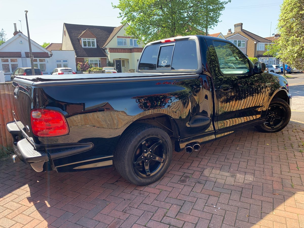 2000 F-150 pickup svt lightning 5.4 supercharged  For Sale (picture 2 of 6)