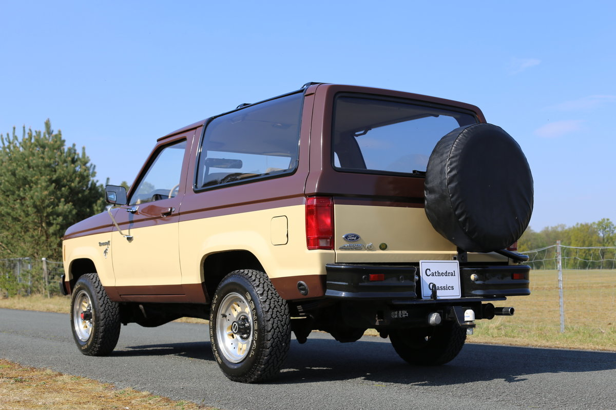 1984 A desirable Ford Bronco II converted to LPG SOLD (picture 2 of 6)