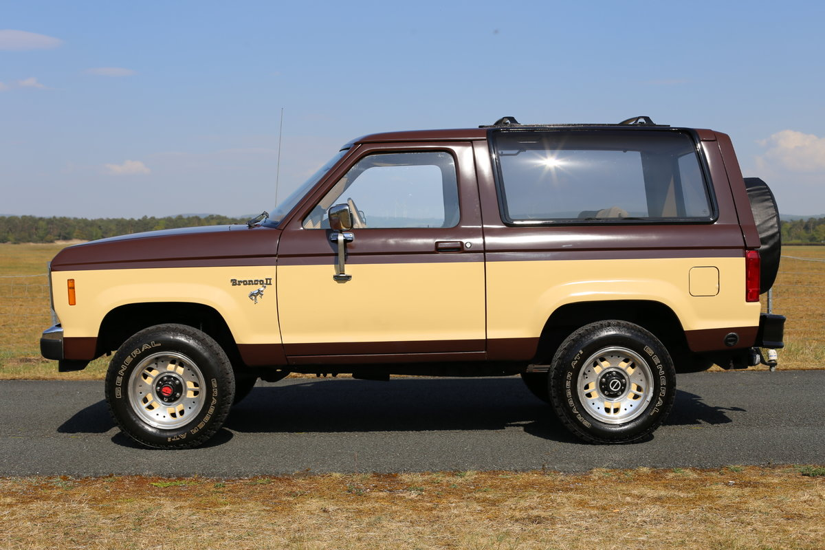 1984 A desirable Ford Bronco II converted to LPG SOLD (picture 6 of 6)