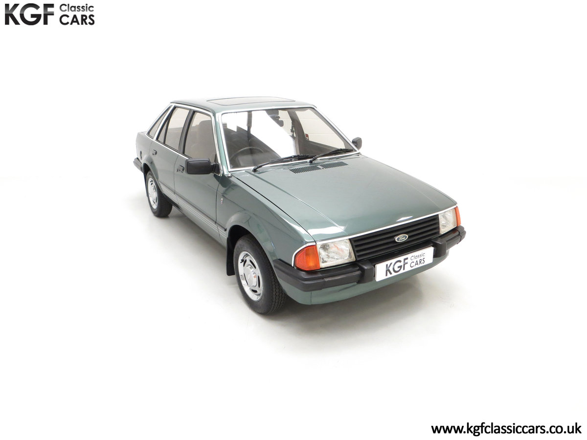 1981 An Early Launch Colour Ford Escort 1.3 Ghia Mk3 Family Owned SOLD (picture 2 of 24)