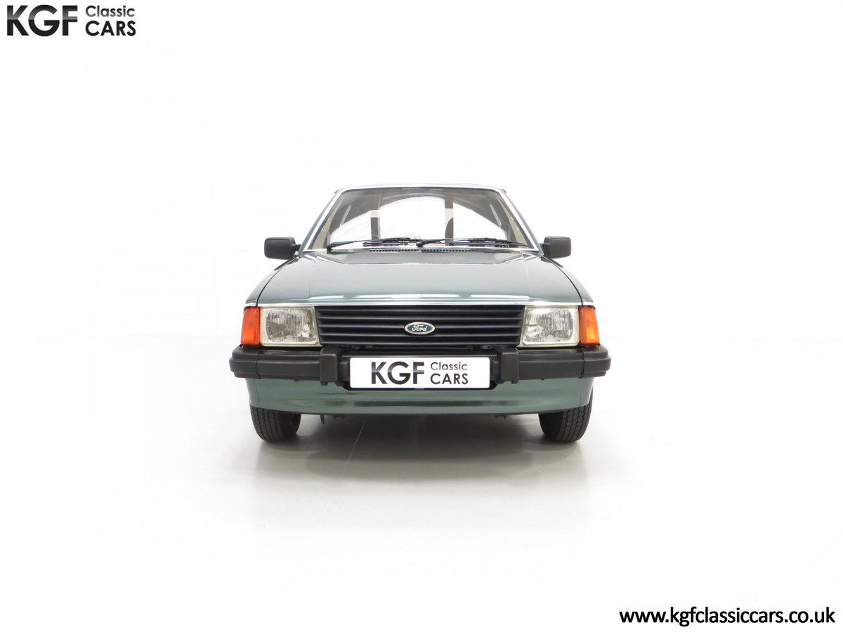 1981 An Early Launch Colour Ford Escort 1.3 Ghia Mk3 Family Owned SOLD (picture 3 of 24)