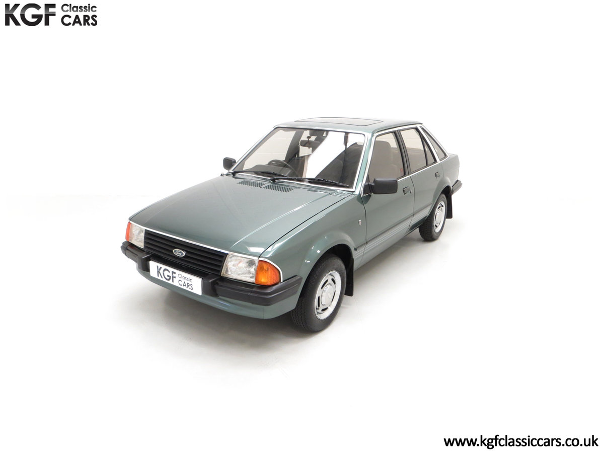 1981 An Early Launch Colour Ford Escort 1.3 Ghia Mk3 Family Owned SOLD (picture 5 of 24)