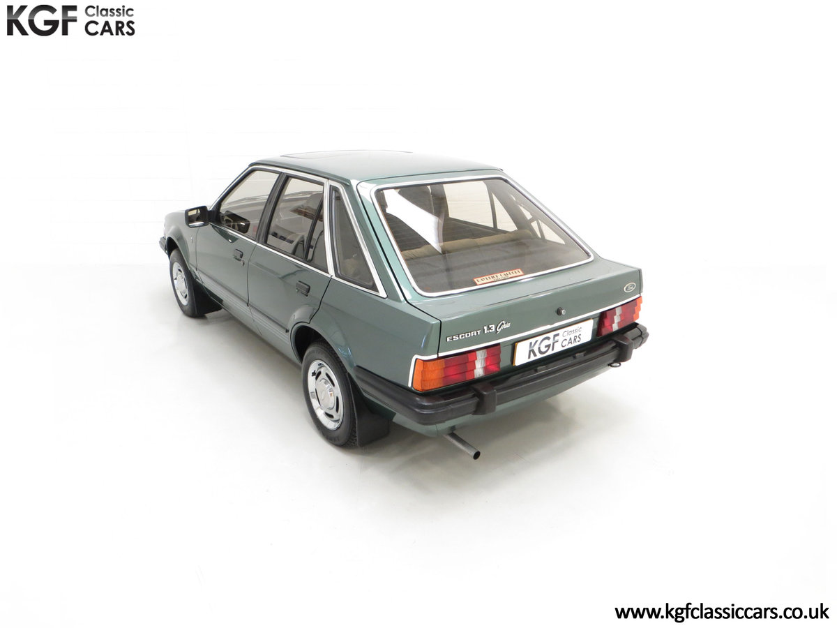 1981 An Early Launch Colour Ford Escort 1.3 Ghia Mk3 Family Owned SOLD (picture 9 of 24)