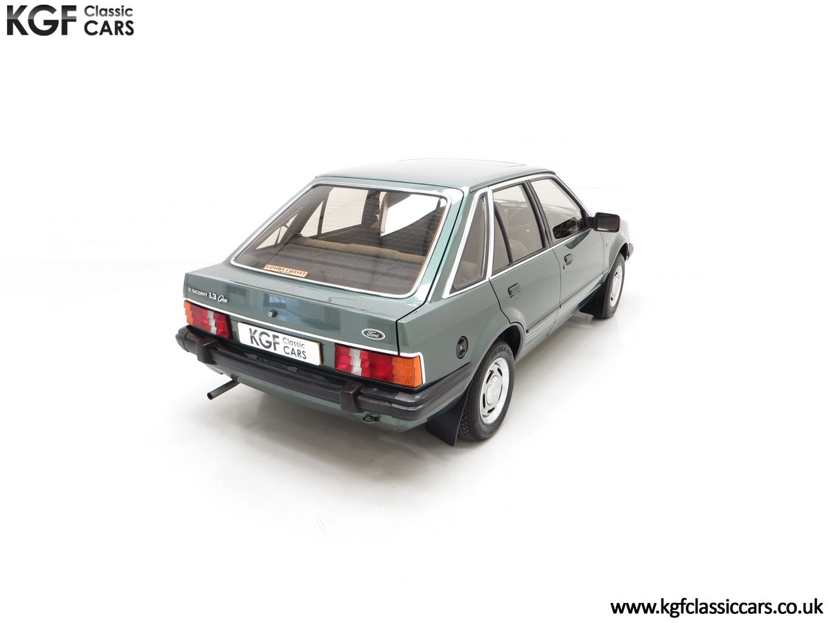 1981 An Early Launch Colour Ford Escort 1.3 Ghia Mk3 Family Owned SOLD (picture 11 of 24)