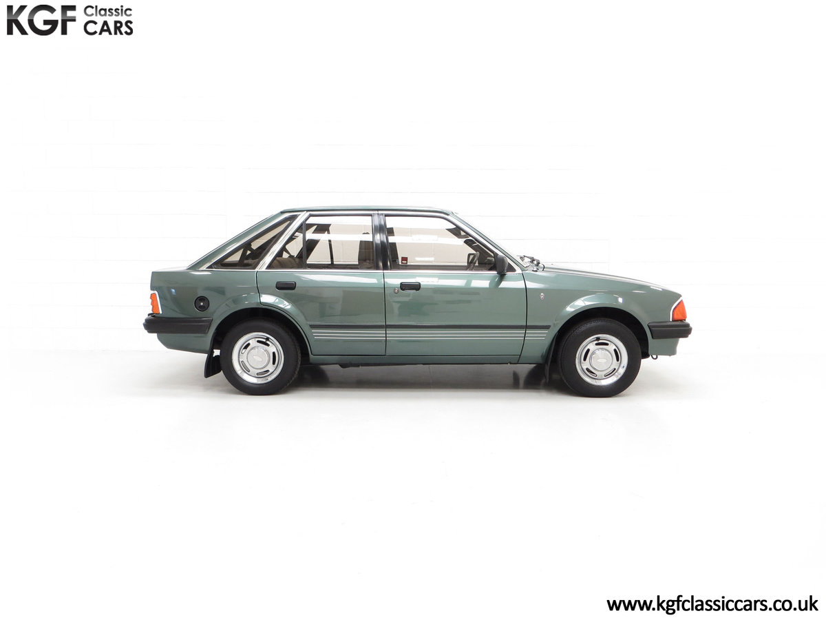 1981 An Early Launch Colour Ford Escort 1.3 Ghia Mk3 Family Owned SOLD (picture 13 of 24)