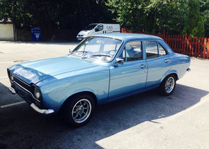 1971 STUNNING ESCORT MK1 🚘 - Retro Mag featured