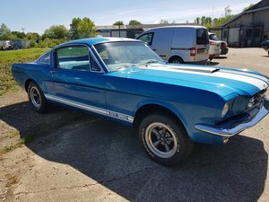 1965 Mustang GT350 look Fastback, V8 and four spd project For Sale