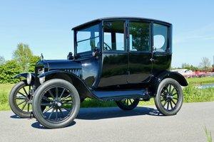 Ford Model T Centre Door Sedan 1920 For Sale