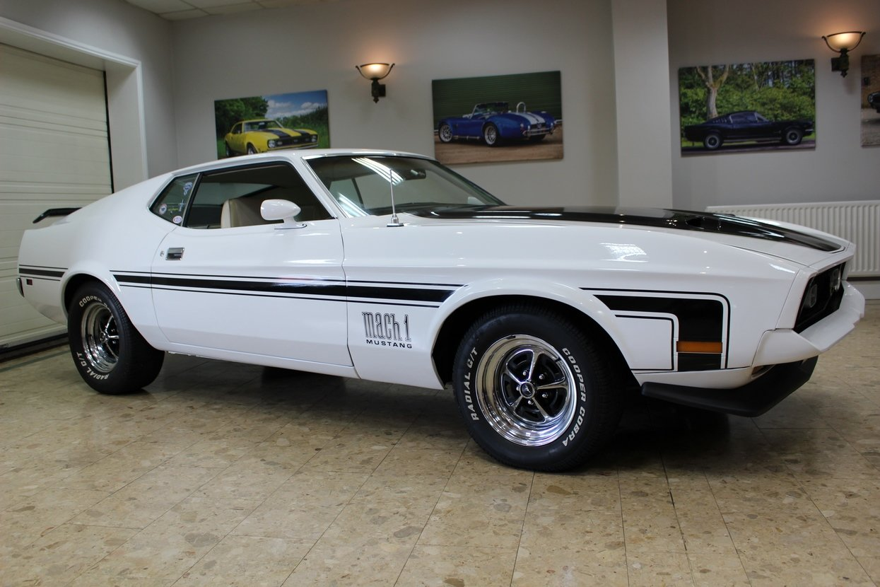 1972 Ford Mustang Mach 1 351 V8 Fastback | Huge Upgrades  SOLD (picture 1 of 10)