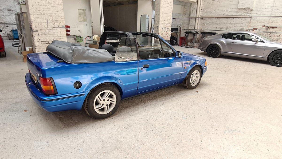 1988 Ford Escort XR3i Cabriolet (Mk4) SOLD (picture 4 of 19)
