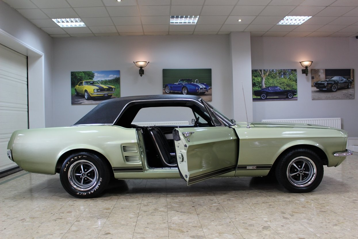 1967 Ford Mustang S-Code 390 GTA V8 Auto | Rare 390 GTA  For Sale (picture 2 of 10)