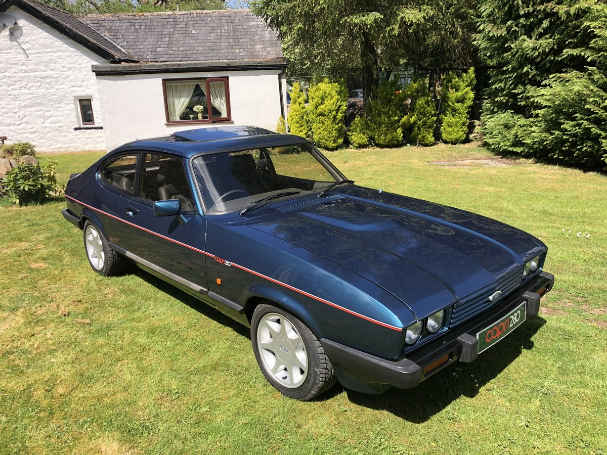 low mileage 1987 Ford Capri 2.8i 280 Brooklands  For Sale (picture 3 of 4)