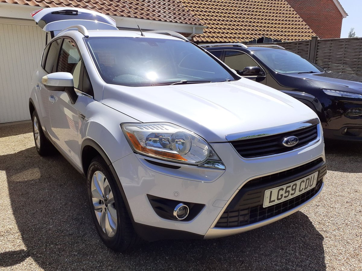 2009 Ford kuga 2.0tdci titanium 2wd 5 door low mileage For Sale (picture 2 of 6)