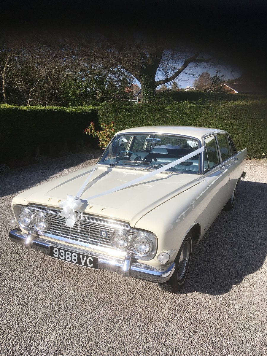 1963 FORD ZODIAC MK3 WEDDING CAR For Hire (picture 5 of 6)