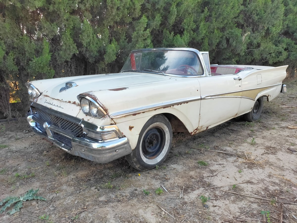 1958 Ford Skyliner For Sale (picture 2 of 6)