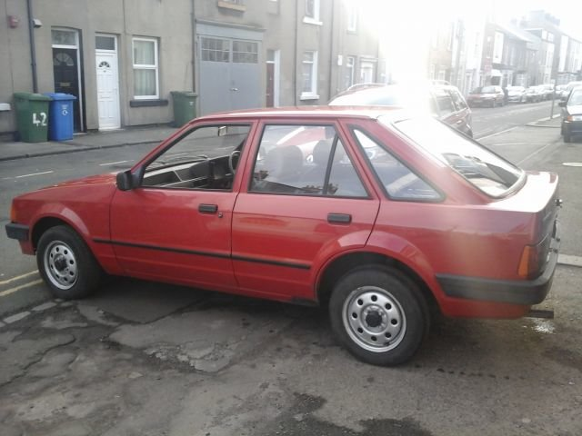 1983 A FORD ESCORT , 1.1L , 5 DOOR MK 3 For Sale (picture 3 of 4)