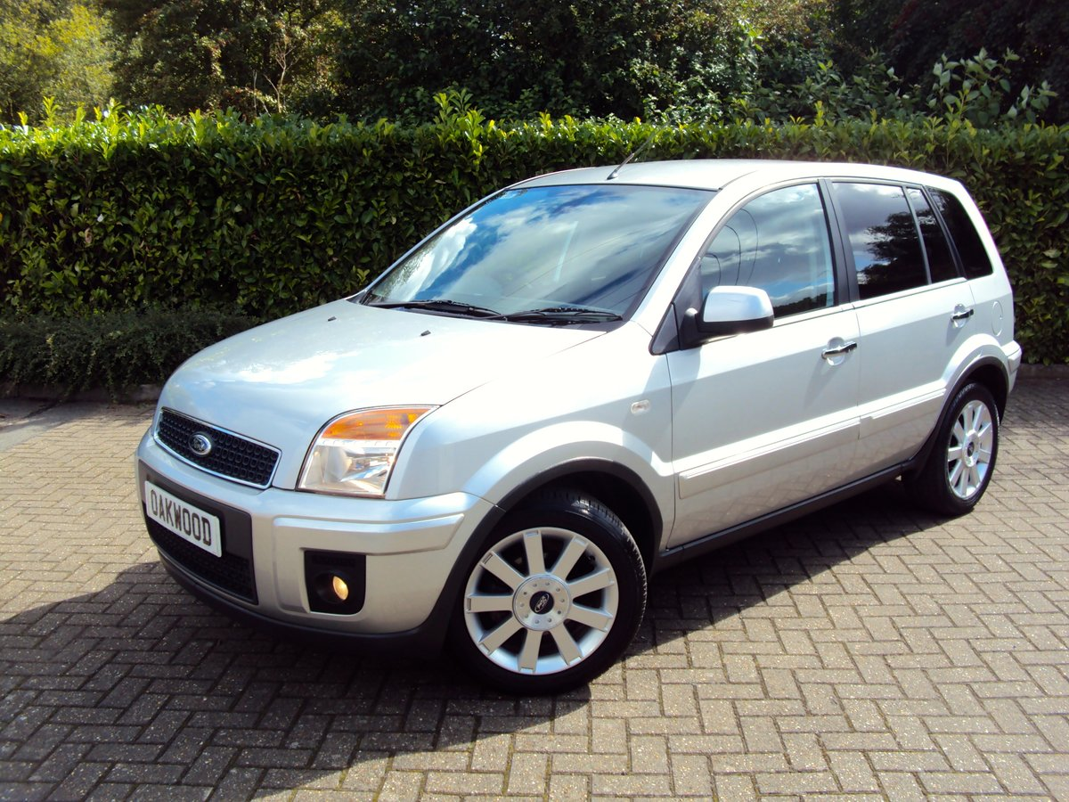 2009 A Lovely Low Mileage Ford Fusion 1.6i Automatic FSH  1 OWNER For Sale (picture 1 of 6)