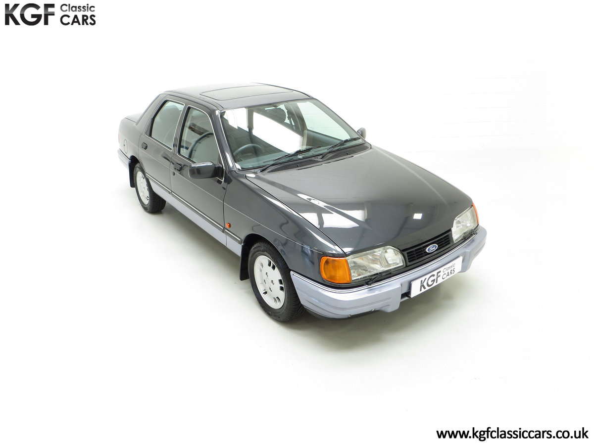 1989 A Luxury Ford Sierra Sapphire 2000E with just 13,744 Miles SOLD (picture 2 of 24)