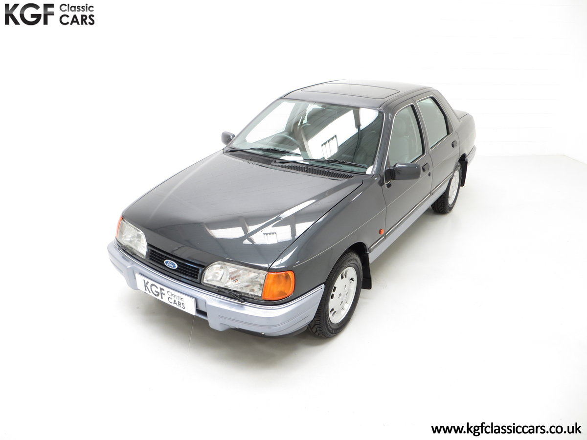 1989 A Luxury Ford Sierra Sapphire 2000E with just 13,744 Miles SOLD (picture 5 of 24)