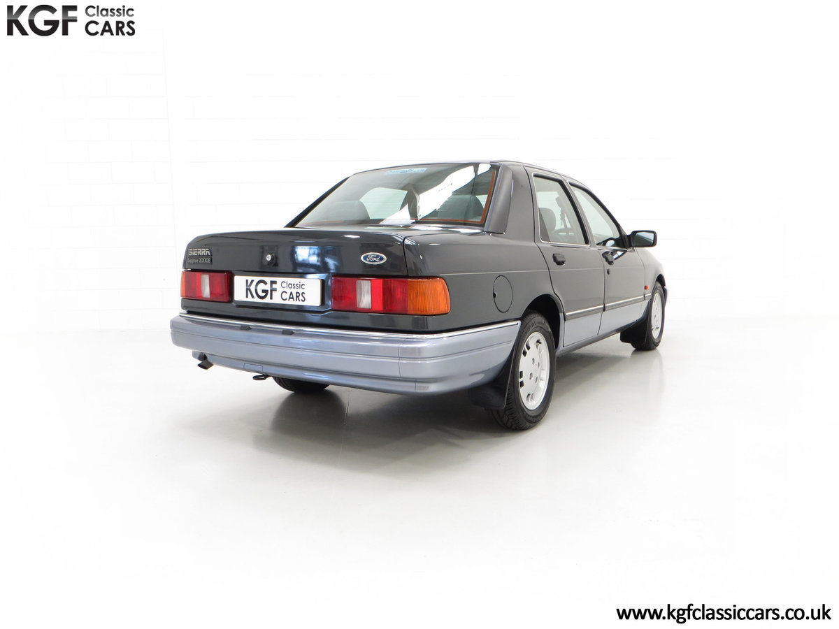 1989 A Luxury Ford Sierra Sapphire 2000E with just 13,744 Miles SOLD (picture 13 of 24)