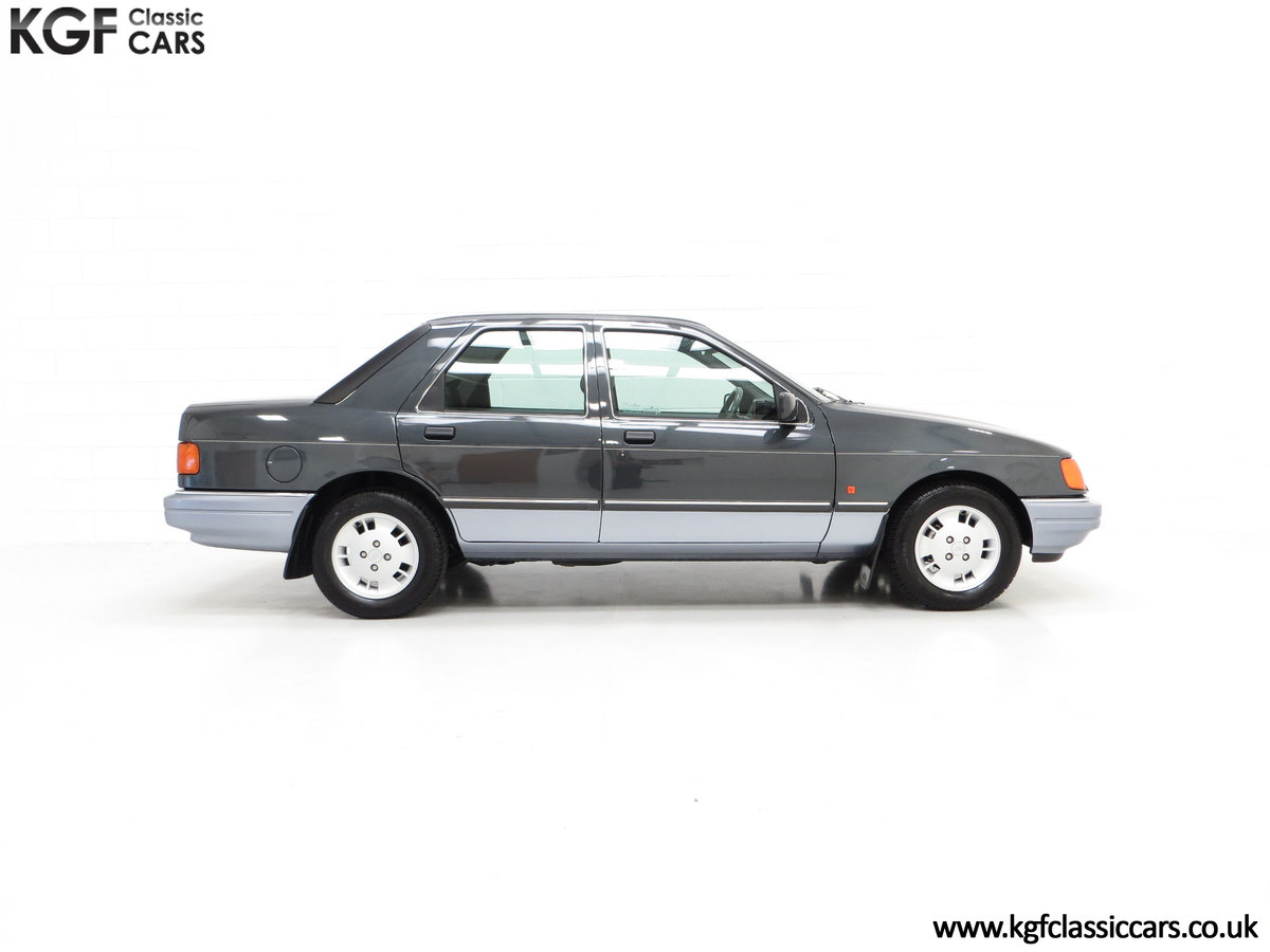 1989 A Luxury Ford Sierra Sapphire 2000E with just 13,744 Miles SOLD (picture 14 of 24)